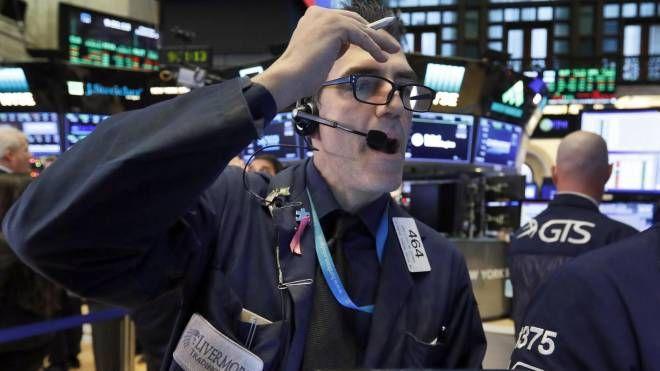 Wall Street in forte calo (Ansa Ap)