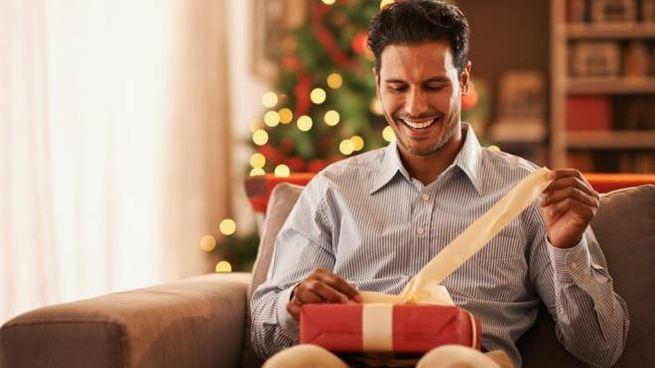 Scartare un regalo è un'emozione