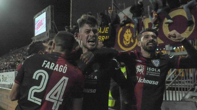 La gioia del Cagliari (Lapresse)