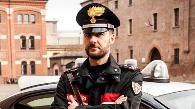 Truffa sventata dal dirigente della società e dai carabinieri di Forlì