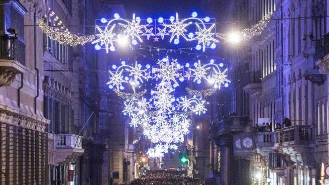 Luminarie di Natale (Lapresse)