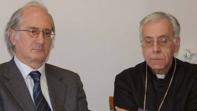 Il procuratore Aldo Giubilaro e il vescovo Giovanni Santucci