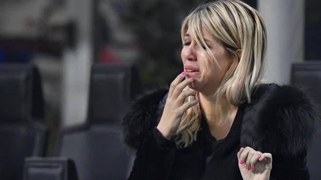 Wanda Nara in lacrime a San Siro (Ansa)