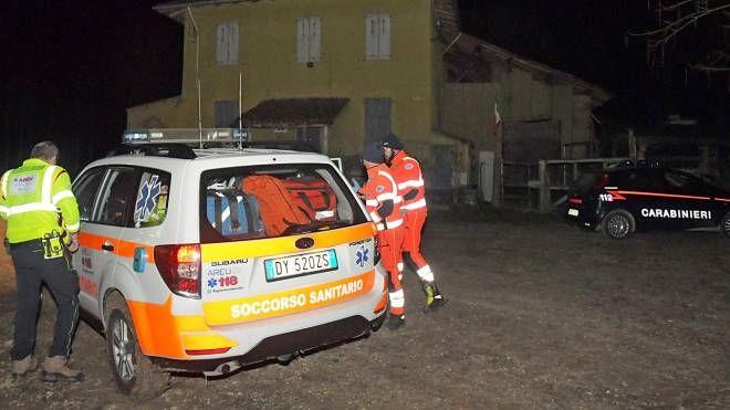 Soccorsi e carabinieri sul luogo dell'incidente di caccia (Torres)