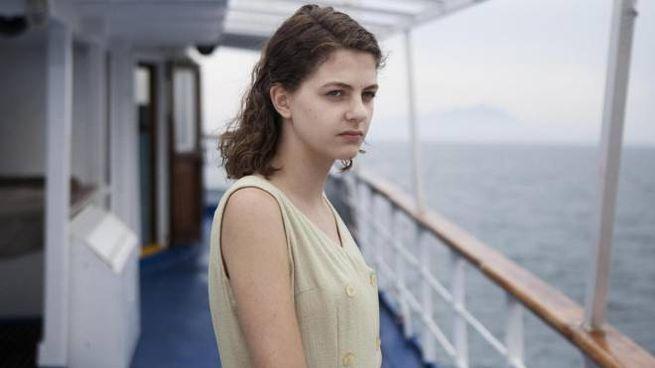 Elena in viaggio verso Ischia nella fiction de 'L'amica geniale' (Ansa)