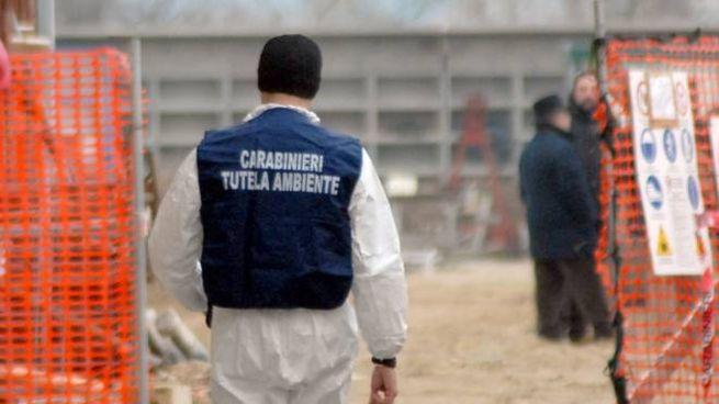 Un carabiniere del Noe (Foto Aprili)