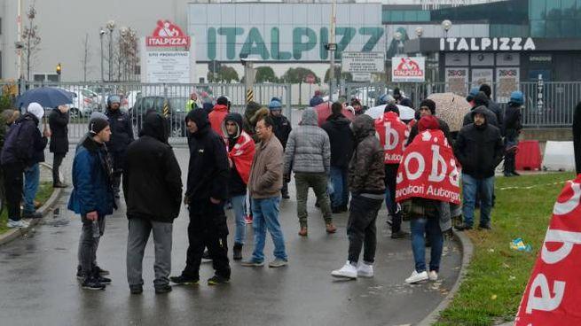 La protesta  dei lavoratori alla Italpizza