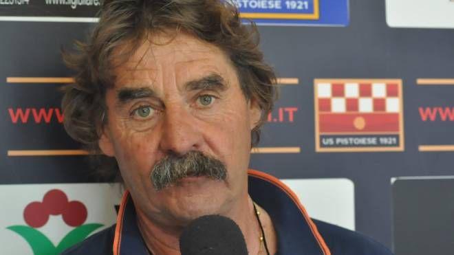 Mister Massimo Morgia invita i suoi giocatori a mantenere la calma e ad avere pazienza