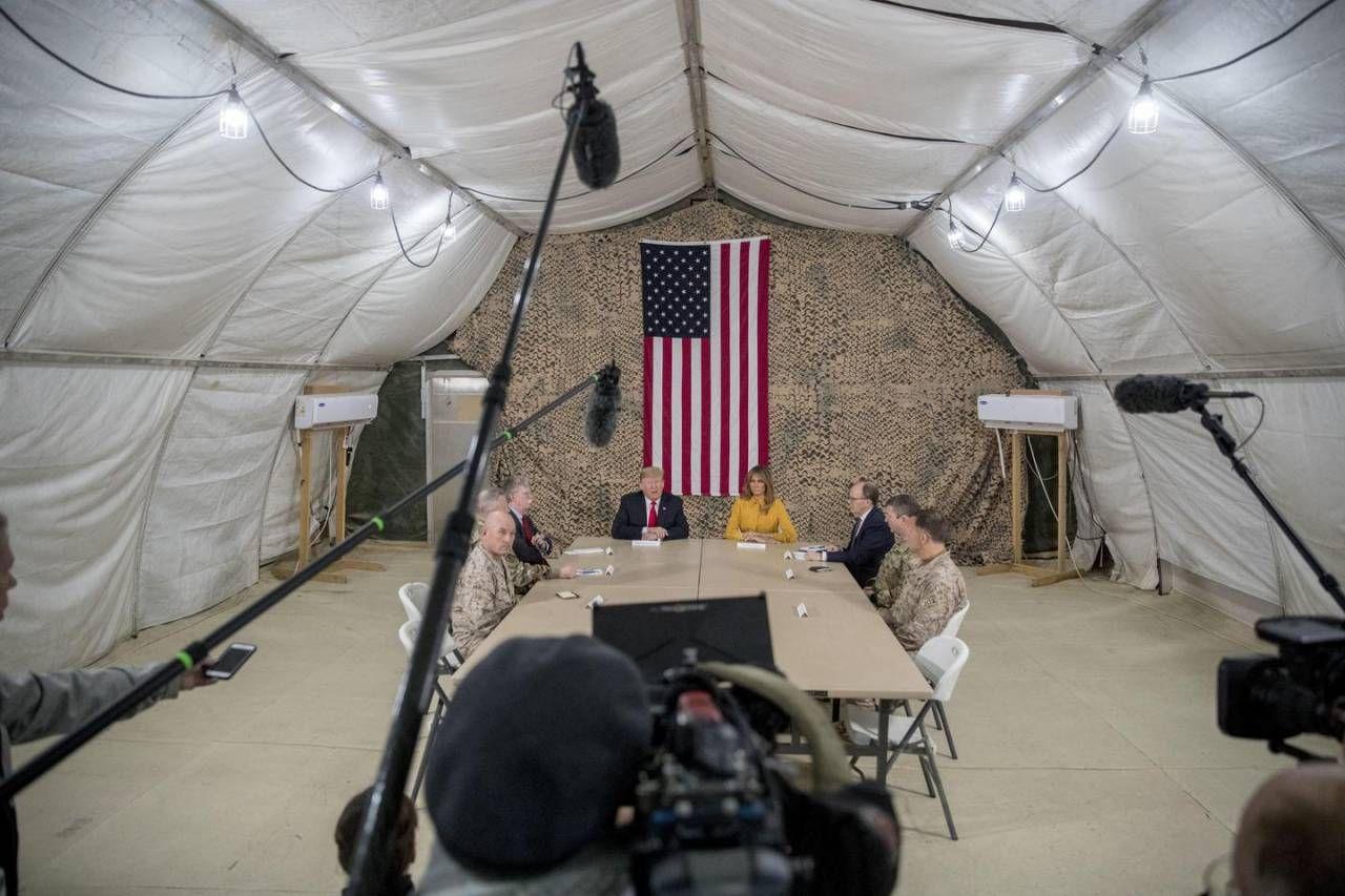 Natale, Trump e Melania (a sorpresa) in Iraq