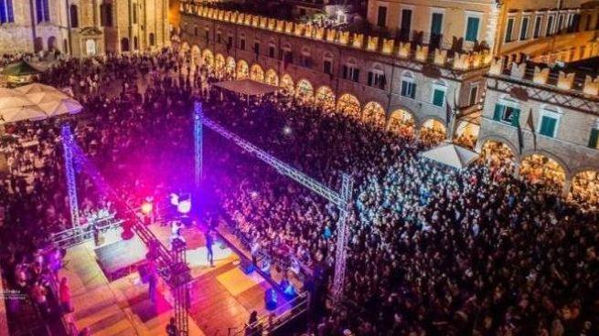 Ascoli, tutto pronto per il Capodanno in piazza