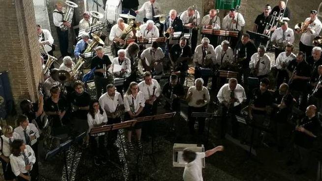 La banda Orsini in concerto l'estate scorsa a Palazzo Pretorio