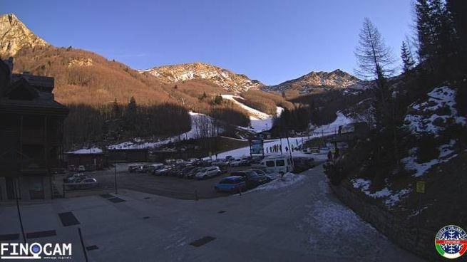 La situazione di venerdì 4 gennaio in Val di Luce (Pt): bel tempo ma freddissimo