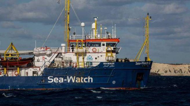 Risultati immagini per immagine della nave Sea watch3