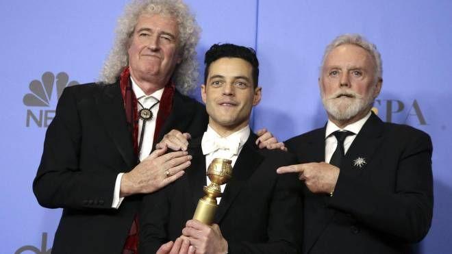 Golden Globes 2019, Roger Taylor (a dx) e Brian May (sx) con Rami Malek (Ansa)