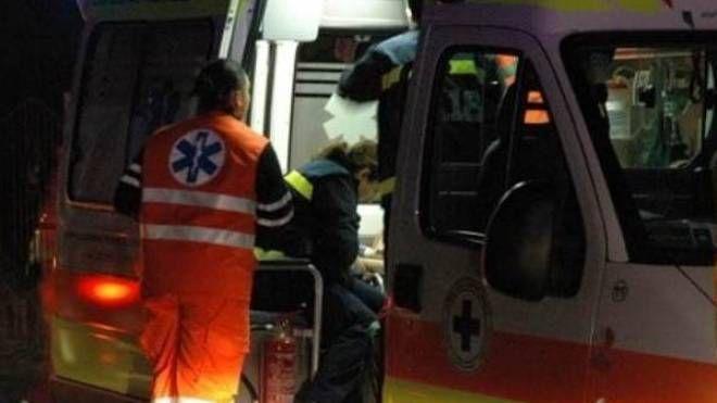 L'uomo, un 50enne britannico,  è stato trovato riverso  a terra nella sua stanza d'hotel