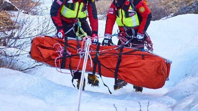 I tecnici del Soccorso alpino durante un intervento