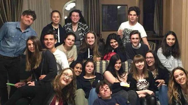 Il gruppo di giovani attori teatrali del Classico di Aulla