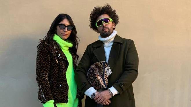 Davide Puricelli con la moglie Michela in 'fluo' a Pitti uomo