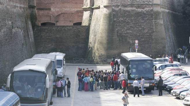 Bus turistici (Di Pietro)