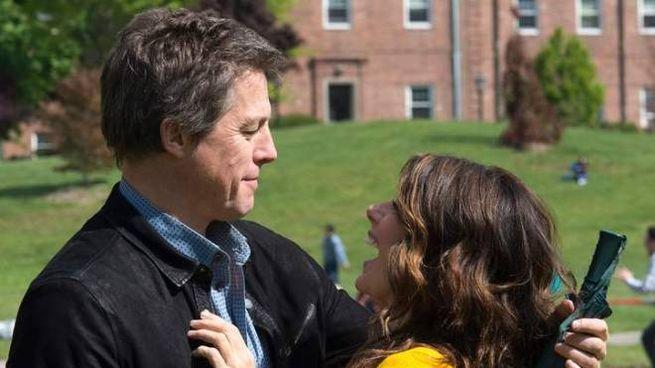 Hugh Grant e Marisa Tomei nel film 'The rewrite'