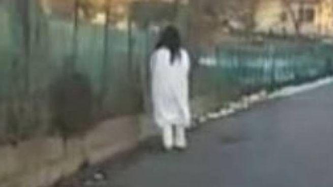 La donna in una foto pubblicata dal sindaco Fiorini