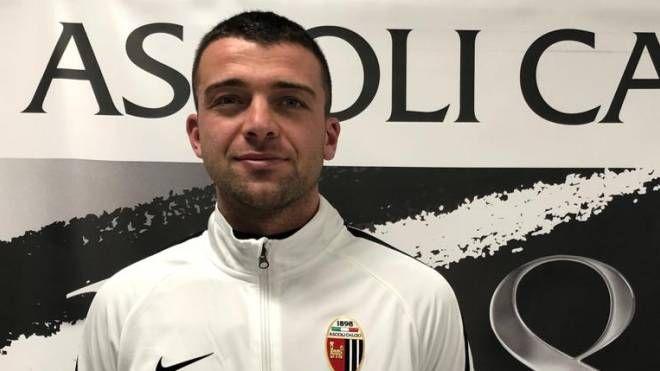 Il capitano dell'Ascoli Emanuele Padella