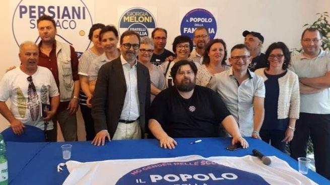 Il Popolo della Famiglia apuano con il leader nazionale Adinolfi ed il sindaco Persiani