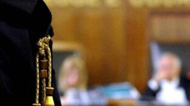 Sottrazione e trattenimento di minore all'estero, condannata a 2 anni di reclusione una signora polacca di 43 anni.  La sentenza è di ieri del  giudice di Rovigo,  Raffaele Belvederi