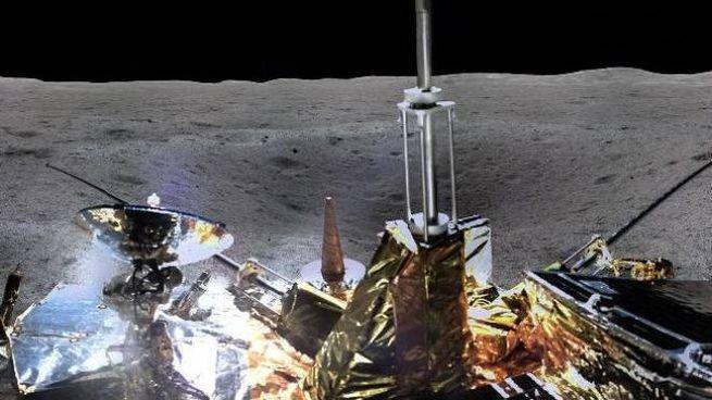 Il lato oscuro della Luna, la foto a 360°