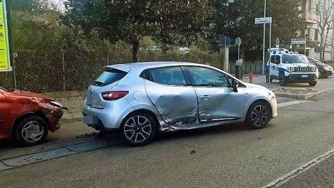 Incidente a Lugo, le due auto coinvolte (Scardovi)