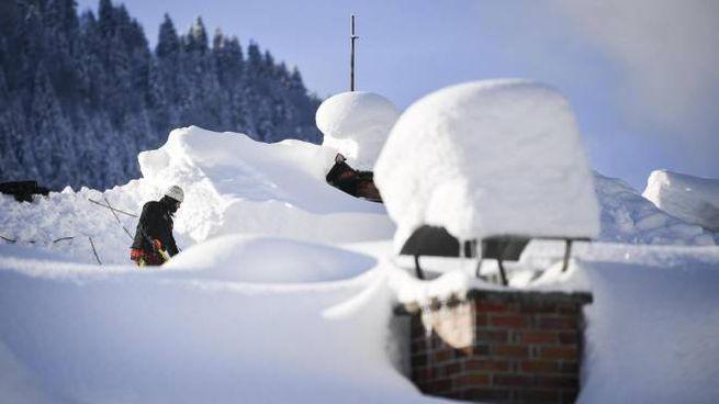 Meteo, forse un'inversione di rotta per il Nord Italia. Foto: neve in Germania (Ansa)