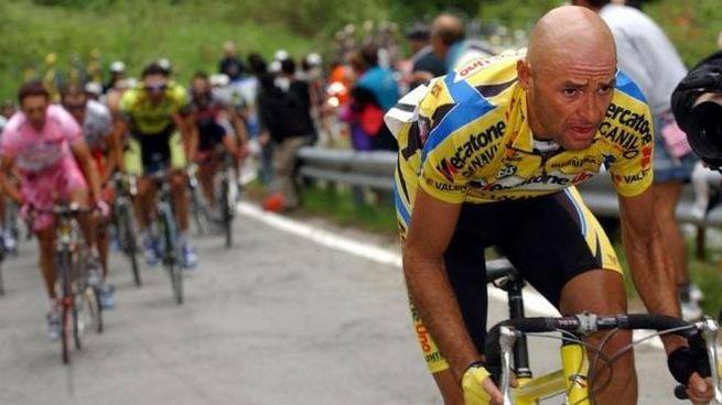 Marco Pantani nel '98 vinse Giro d'Italia e Tour de France
