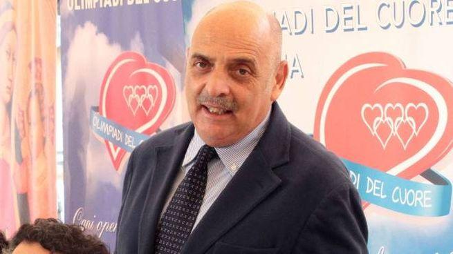 Paolo Brosio torna da protagonista sull'Isola dei Famosi, dove fu inviato di Simona Ventura nel 2006