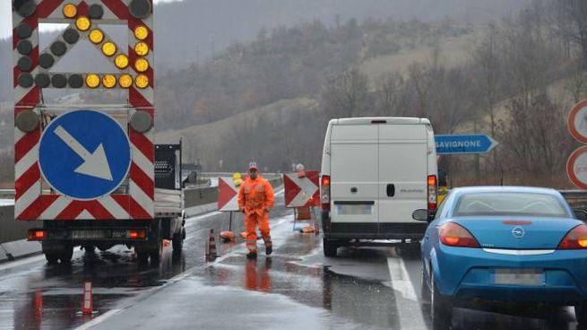 La chiusura della E45 a Valsavignone (Foto Tavanti)