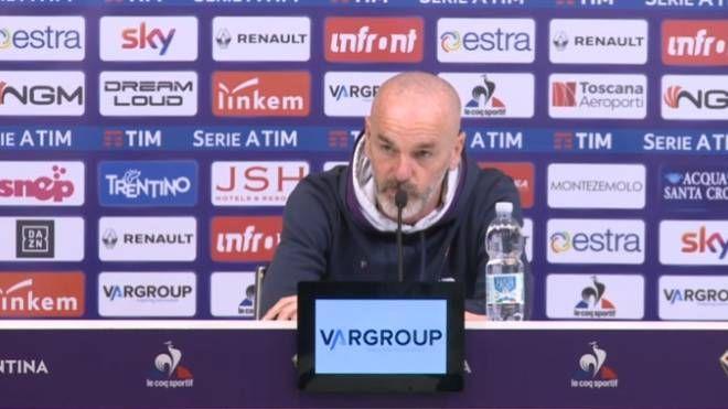 Stefano Pioli in conferenza stampa prima di Fiorentina-Sampdoria