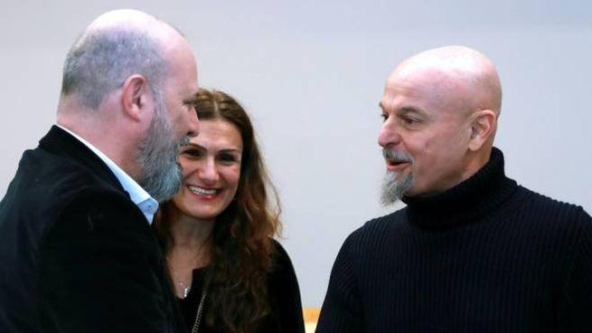 Il governatore Bonaccini con Marco Campomaggi e Caterina Lucchi