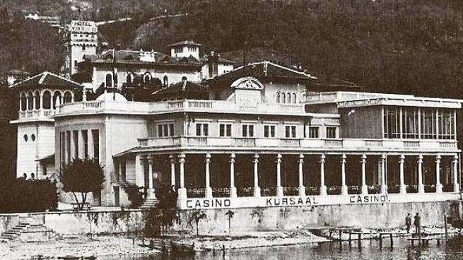 Il casinò di Gardone Riviera in un'immagine d'epoca