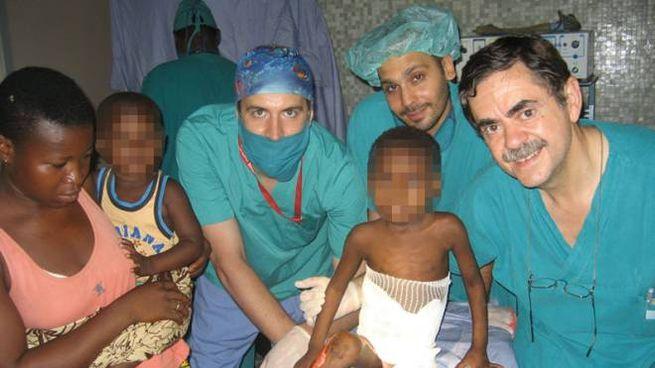 Vincenzo Rapisarda all'ospedale africano di Saint Jean de Dieu