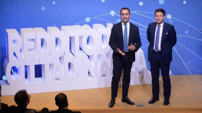 Luigi Di Maio e Giuseppe Conte presentano il Reddito di cittadinanza (ImagoE)