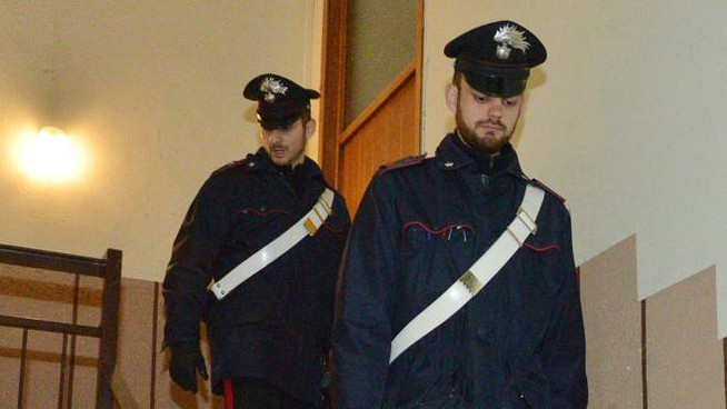 Nella piccola pensione sono accorsi i carabinieri