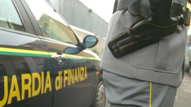 L'episodio che convolge il finanziere bolognese è avvenuto a Modena