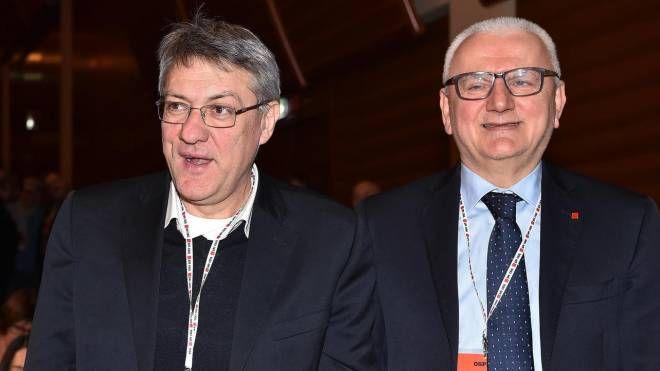 Maurizio Landini e Vincenzo Colla (Ansa)
