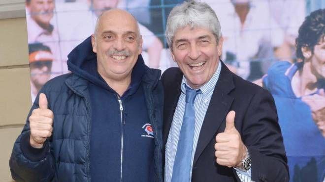 Paolo Brosio con Paolo Rossi in occasione di una mostra delle Olimpiadi del Cuore