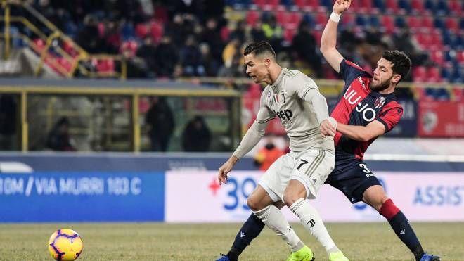 Un contrasto tra Ronaldo e Calabresi