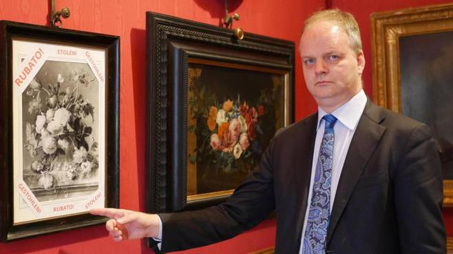 Il direttore degli Uffizi Eike Schmidt a Capodanno ha fatto scoppiare il caso del quadro rubato