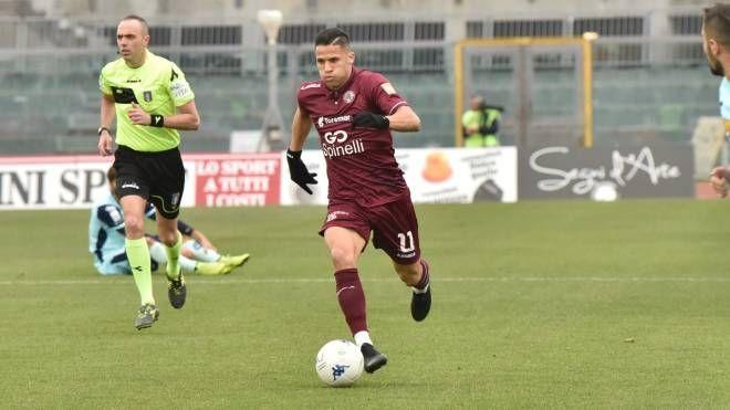 Murilo in azione contro il Pescara (foto Novi)