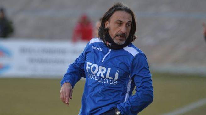 L'allenatore dei biancorossi Stefano Protti