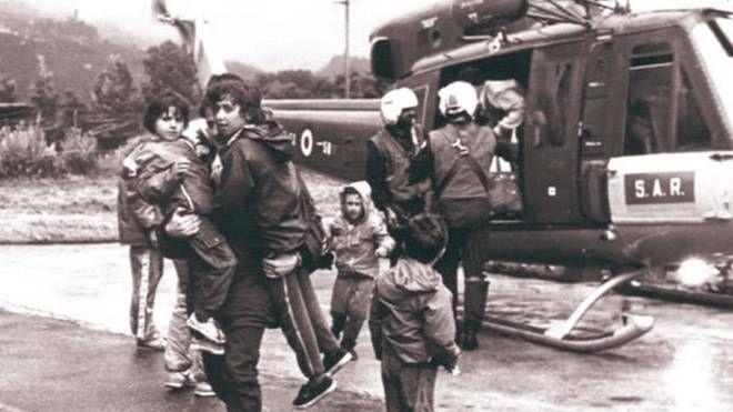 Evacuazione della popolazione per l'alluvione del 1987 (Anp)