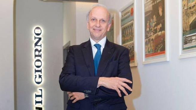 Il ministro Marco Bussetti nella redazione de Il Giorno
