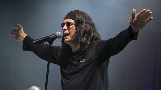 Ozzy Osbourne, slitta il concerto di Bologna (Foto Ansa)